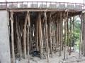 16 Uganda stavba domu