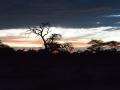 26 Namibie Etosha západ slunce